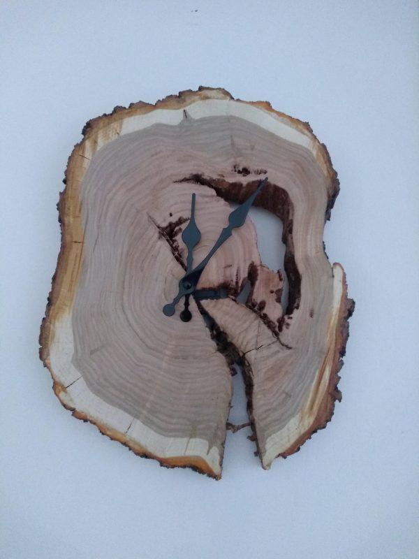 alt=wooden-clocks