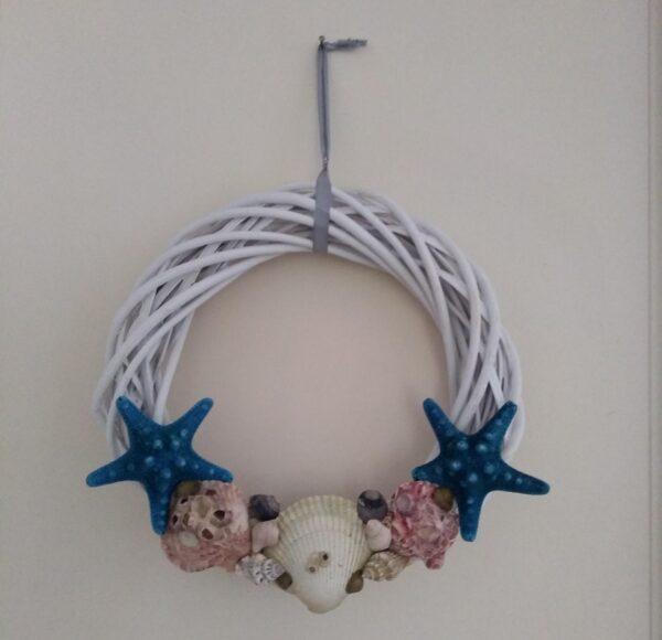 alt=wreath-maritime-design