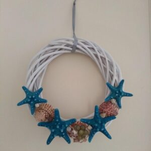 alt=decorative-wreaths