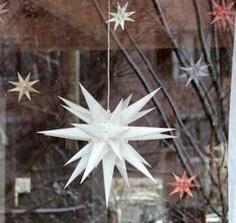 """alt=herrnhut-paper-star-24"""""""